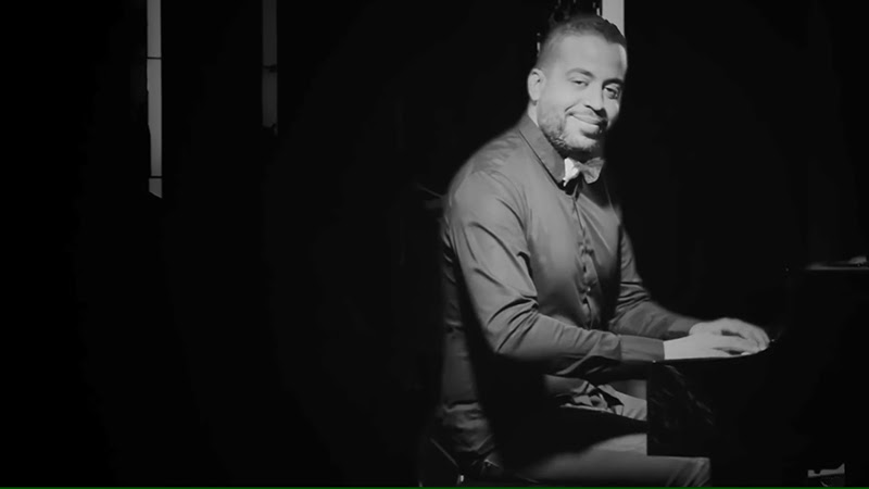 Roberto Carlos Rodríguez Valdéz (Cucurucho) - ¨Guajira¨ - Videoclip - Dirección: Lester Hamlet. Portal Del Vídeo Clip Cubano - 07