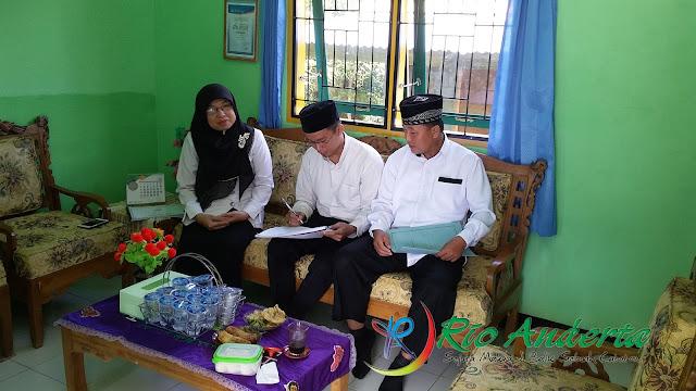 Hari Pertama Sekolah, Guru dan Murid Madrasah Sambut dengan penuh Semangat