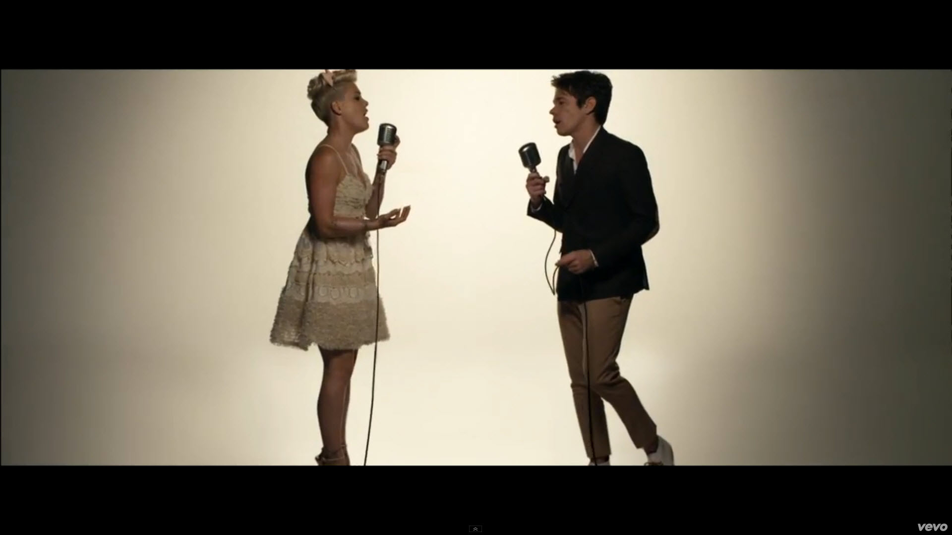 Pink - Just Give Me A Reason Watch Youtube Music Videos-5464
