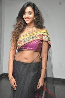 Anu-Priya-hot-saree-photo