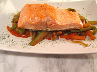 Salmon salvaje con salteado de verduras