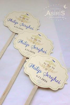 Etichete candy-bar botez tematic carusel pe bat lemn