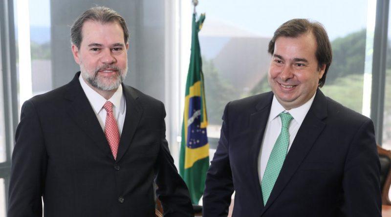 A falência completa da democracia brasileira 17