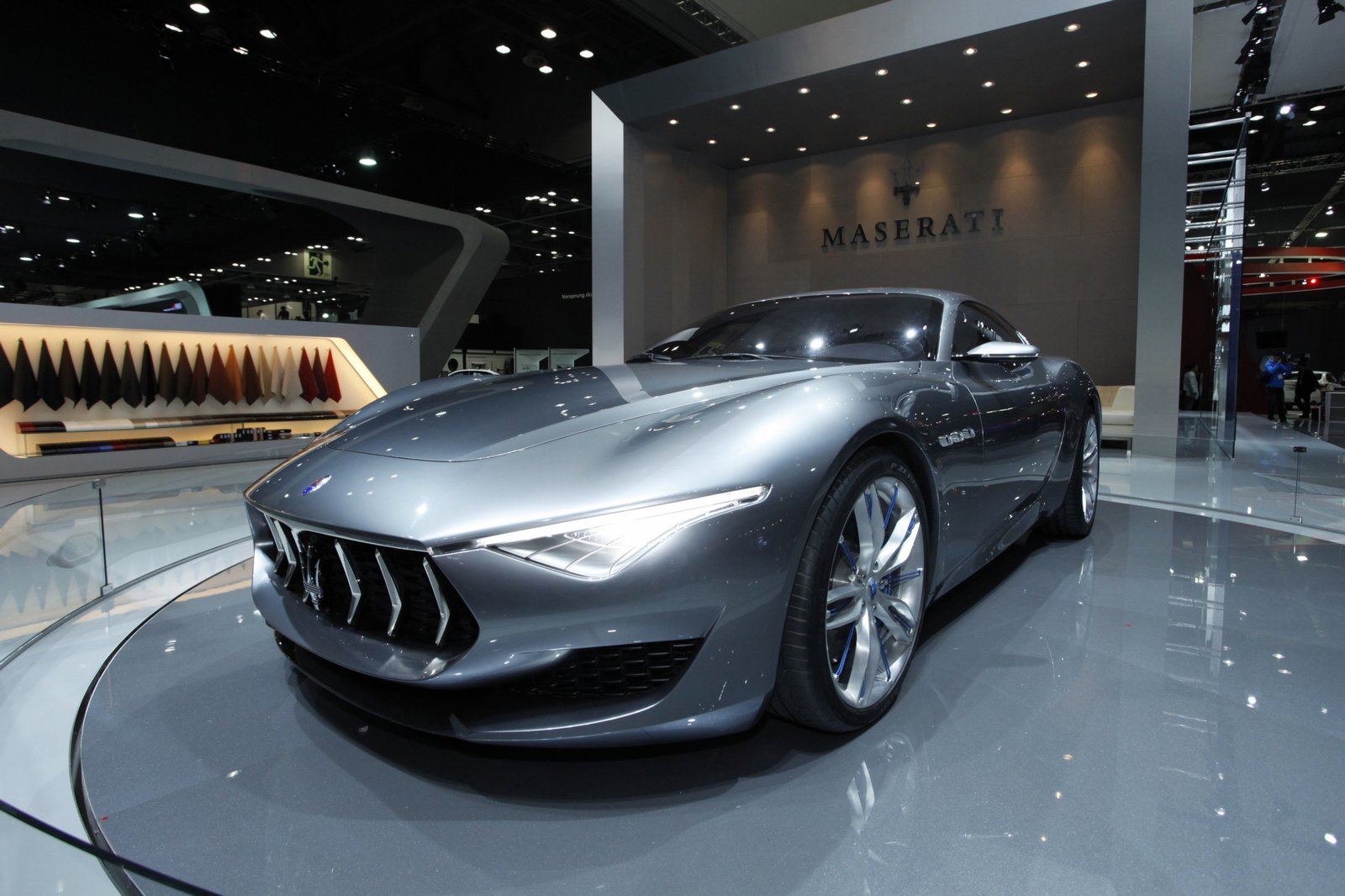 maserati boss hints at new crossover says alfieri will be a real sports car. Black Bedroom Furniture Sets. Home Design Ideas
