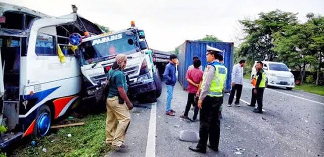 Kecelakaan Beruntun di Tol Merak-Tangerang KM 55, Tiga Orang Luka-luka, Begini Kronologisnya