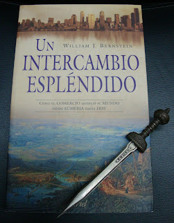 Portada del libro Un intercambio espléndido, de William J. Bernstein