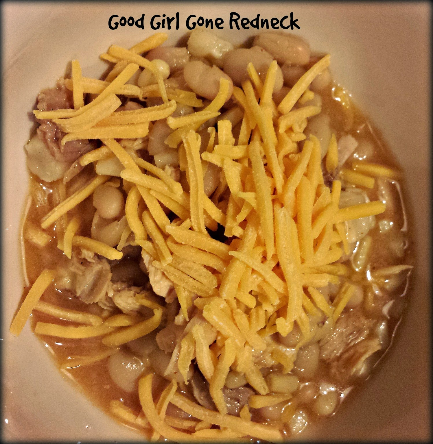 chili, crockpot, slow cooker, chicken, beans, cheese, spicy, dinner, recipe