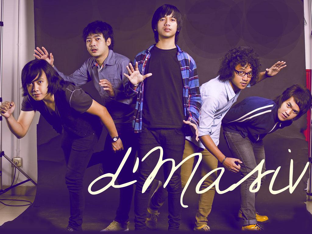 Download Lagu DMasiv Feat Kevin Aprilio - Rindu Setengah