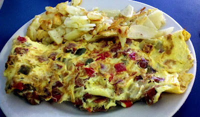 Chorizo Omelette at Puffins Cafe in Bethlehem, PA - Photo by Michelle Judd of Taste As You Go