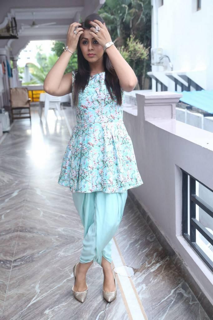 Beautiful Chennai Actress Nikki Galrani Long Hair Stills In Blue Dress