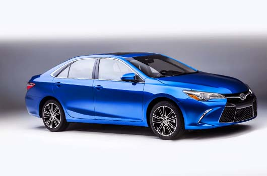 2016 Toyota Camry LE Specs