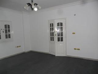 شقة للايجار جنوب الاكاديمية بالتجمع الخامس تصلح مكتب ادارى 6500ج على التسعين
