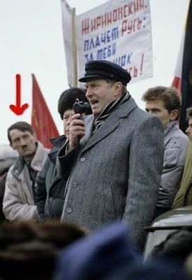 Hitler lebt noch - Beweis Foto lustig