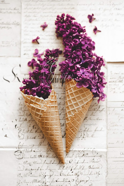 flieder, lilac, lilacflowers, flowericecream, icecream, blüteneis,