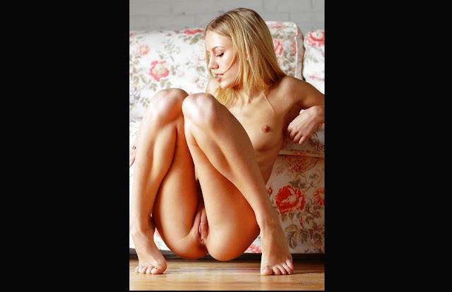 www.eroticaxxx.ru - Эротика голой писи - голые  письки девушек (18+)
