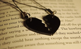 Kumpulan Puisi Galau yang Teramat
