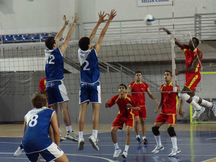 Atletas de Três Rios são destaques e campeões da Copa Minas Tênis ... 7801da9e9d4a5