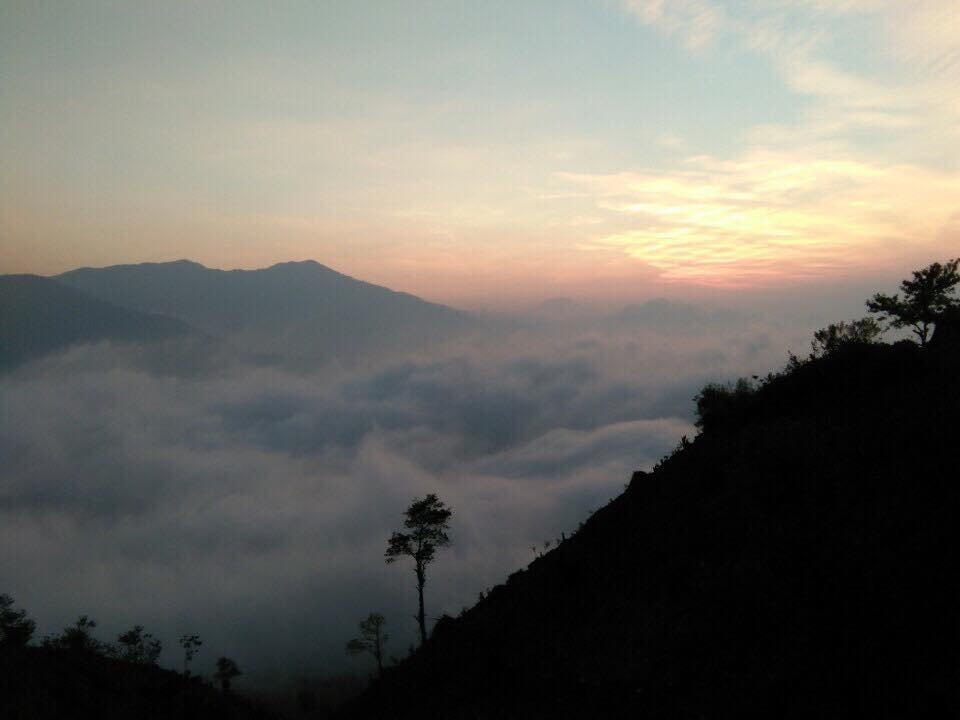 Săn mây Tà Xùa ngỡ như lạc vào chốn 'thiên đường' - Ảnh 5