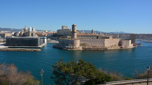 Parc Emile Duclaux Marseille fort cathedral