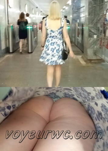 Upskirts N 2613-2632 (Subway station upskirt with amateur girls)
