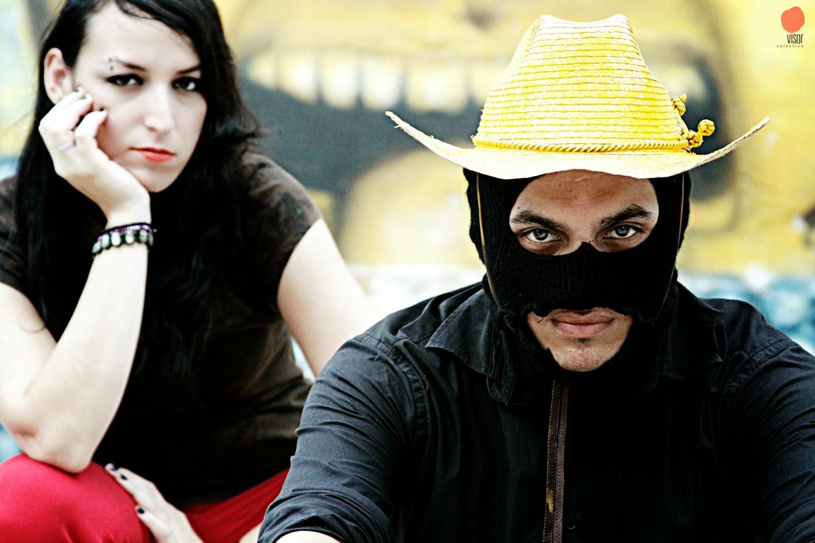 Mr. Blaky es una mezcla de funk, rock, ritmos tradicionales del norte de México, rap, samba, electrónica y rock, acompañados de letras incisivas y mordaces contra el sistema mundo donde tenemos que desenvolvernos hoy en día.