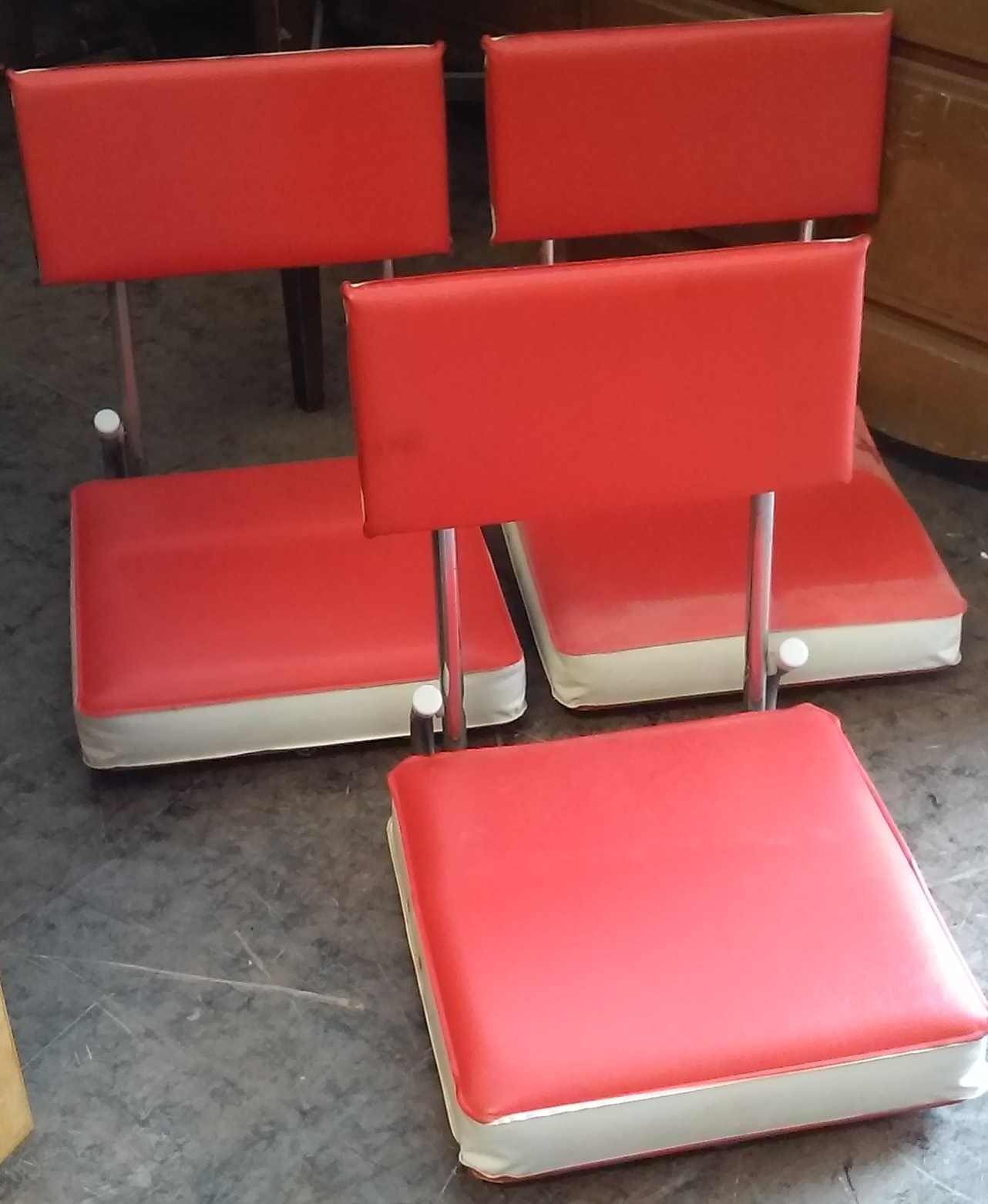 UHURU FURNITURE & COLLECTIBLES: SOLD **REDUCED** Vintage ...
