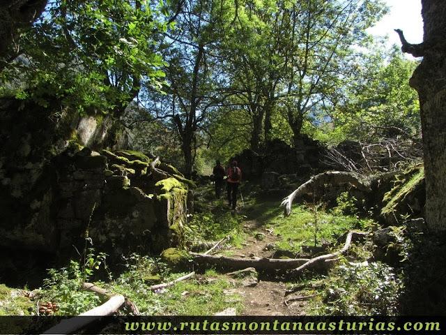 Ruta de los Arrudos y Corteguerón: Roxecu