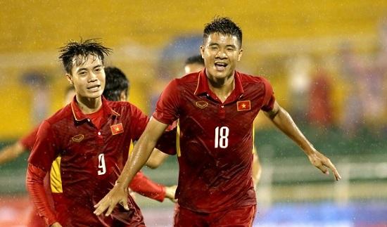 Đức Chinh - tiền đạo số 1 của bóng đá Việt Nam