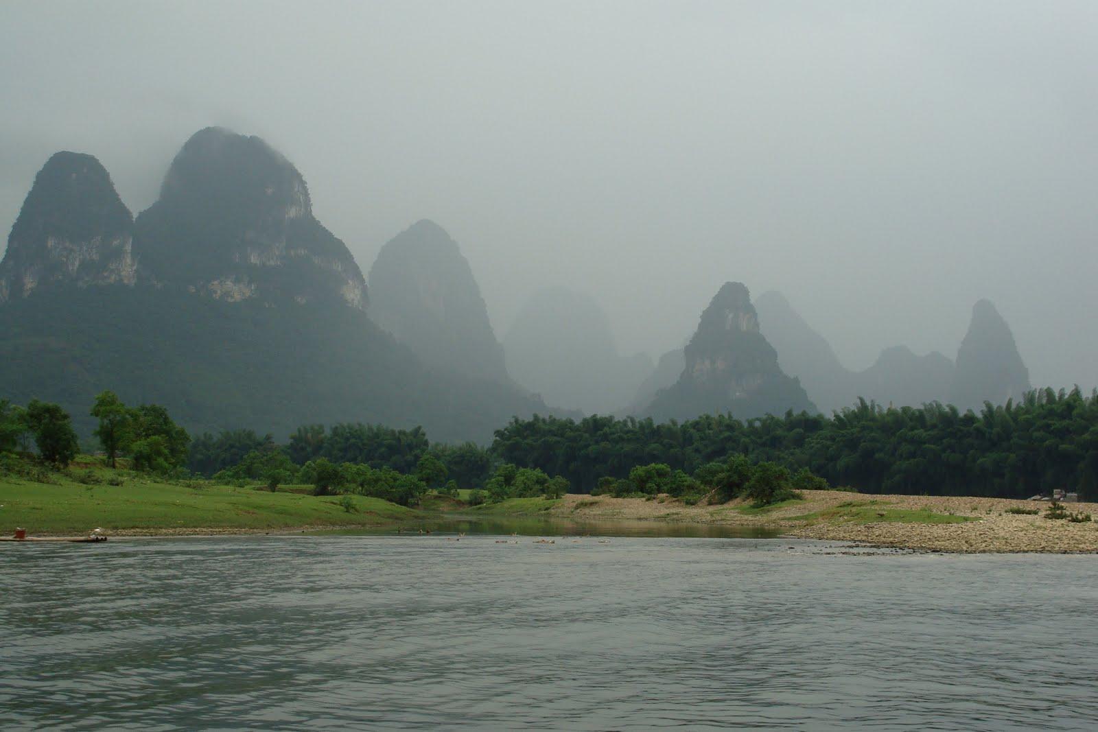 Karts en el río Li