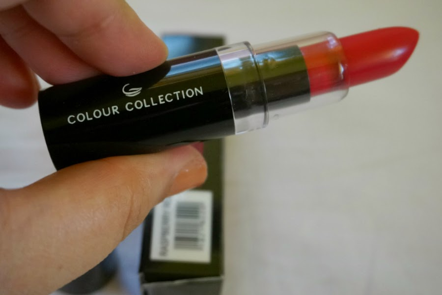 Colour Collection HD Lipstick in Raspberry Red