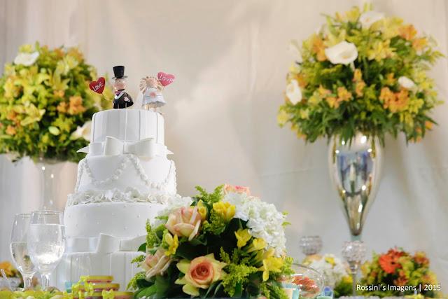 Casamento Amarelo de Franciele e Manuel em Jady Eventos - Itaim Paulista Decoração Ana Lúcia, Sonorização 3D Eventos, Fotografia e Filmagem Rossini's Imagens