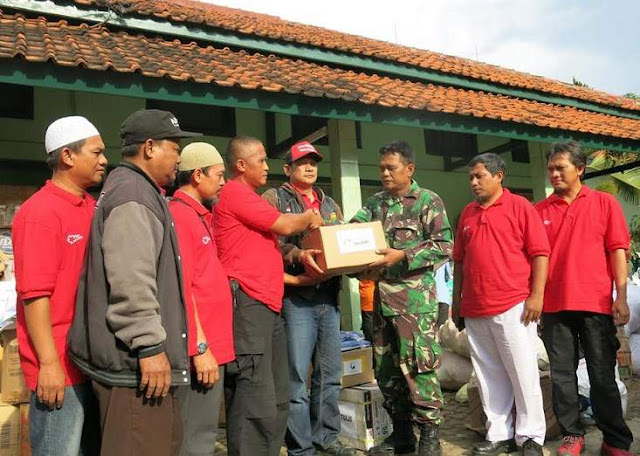 Sahabat-One-Heart-Honda-Extends-Help-to-Flood-Victims-in-Garut