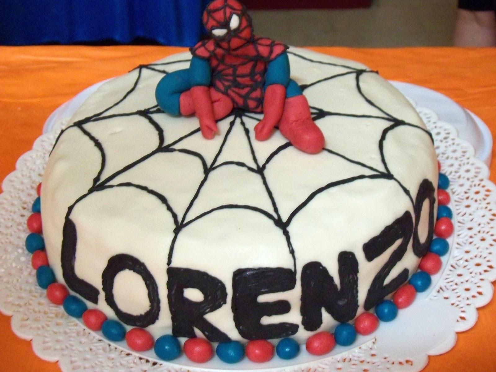 Molto le gioie di aleuname: Torta di Spidermancon la pasta di  MO91