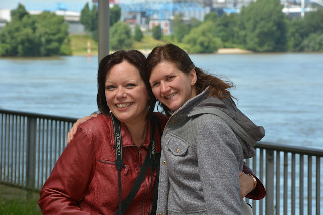 Rhein Promenade Dusseldorf Kristel Kim
