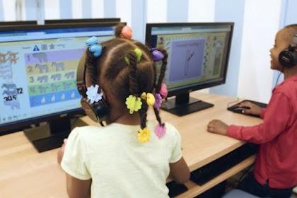 Kebiasaan yang Dilakukan Anak-anak Jika Sedang Online