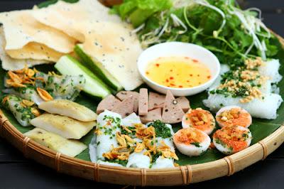 Khi đi du lịch Phú Yên - ghé thăm trên núi Chóp Trài có thể thưởng thức thịt dê núi