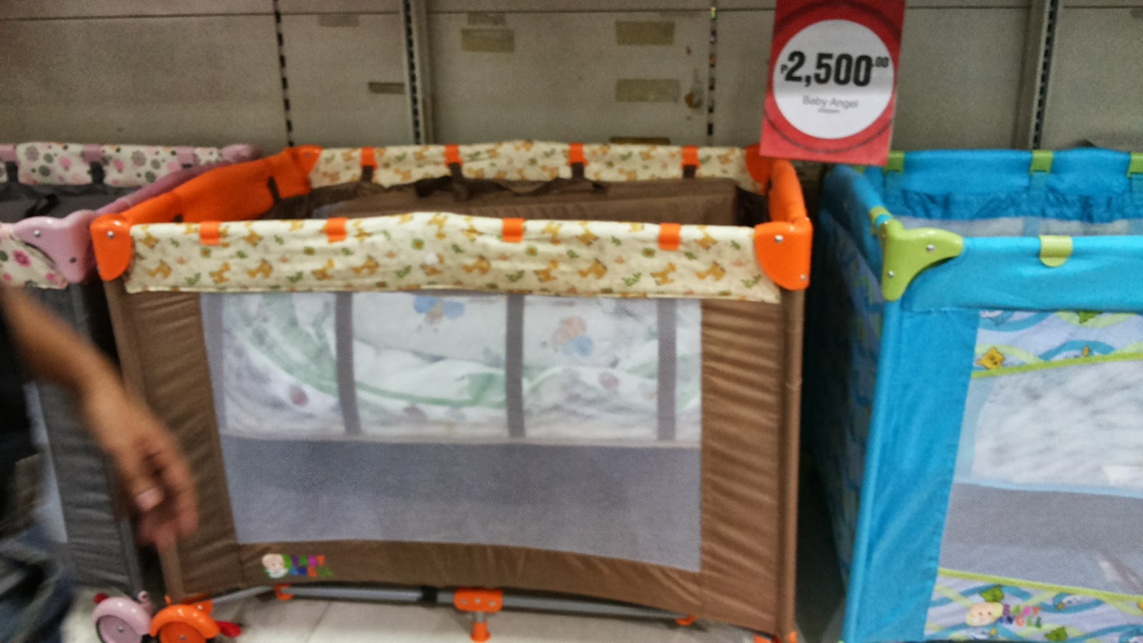 Little Lady Mom: Cribs or Playpens on a Budget