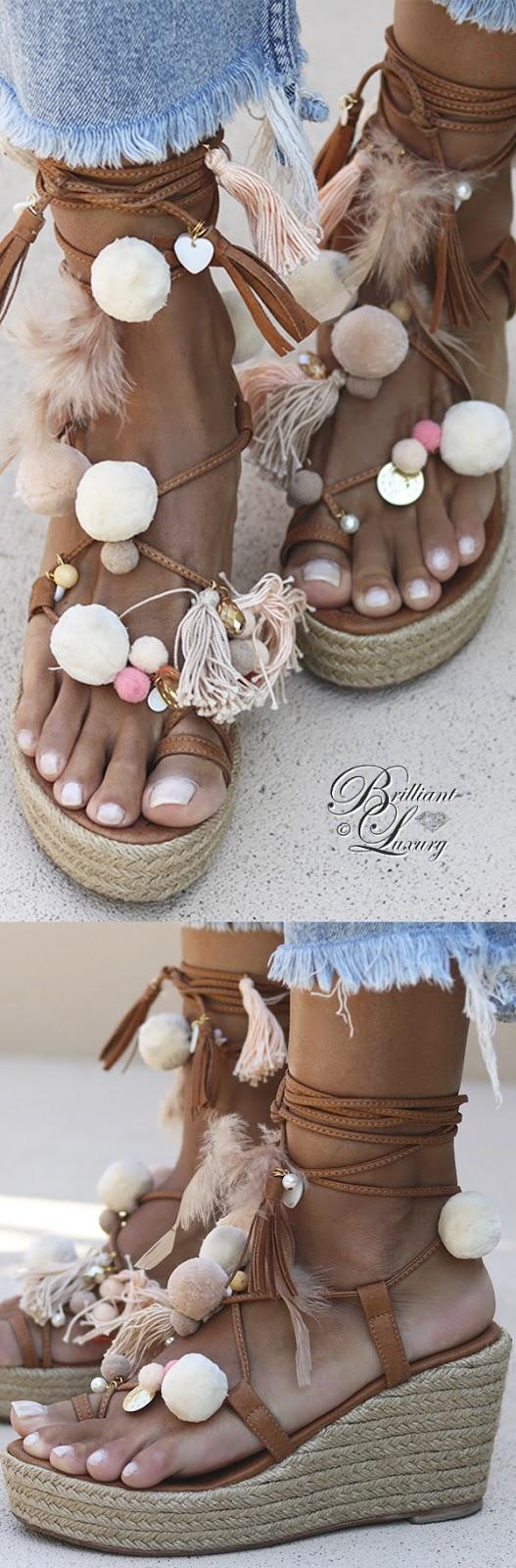 Brilliant Luxury ♦ Alameda Turquesa Gouldian wedges vanilla