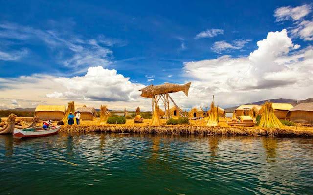 Islas flotantes de Puno