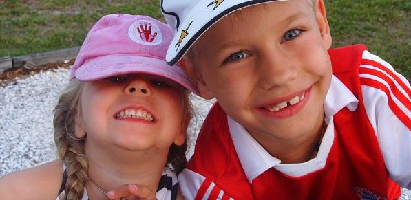 Unsere Kinder beim Grillen in Englewood, Florida!