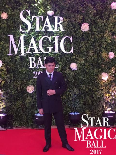 Mga Artistang Pinamangha Ang Lahat Sa Kanilang Kasuotan Nang Rumampa Sila Sa Red Carpet!