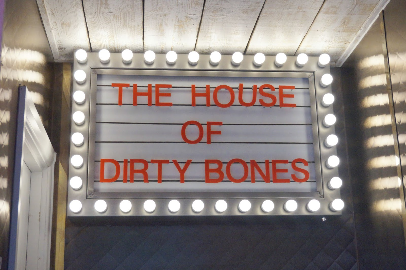 Neon Light sign at Dirty Bones