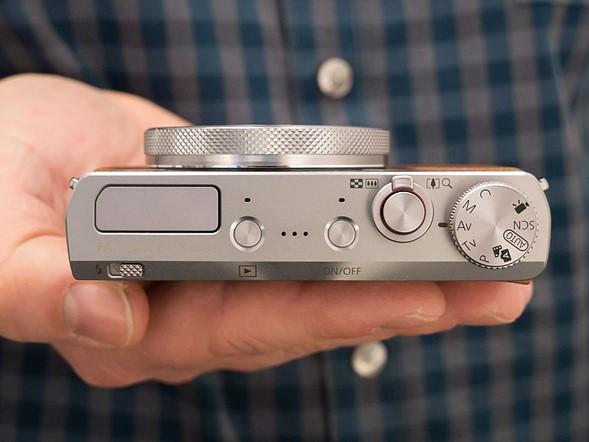 Canon PowerShot G9 X Mark II, вид сверху в выключенном состоянии