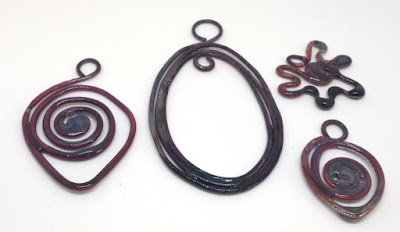 Copper links: wire, Thompson enamel, metal working, ooak jewelry :: All Pretty Things