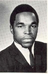 MR+T%252C+Dunbar+1970+Senior+Portrait
