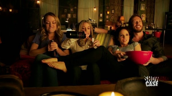 Lost Girl Season 5 Episodes 3 Thru 4 Reviews: Big In Japan And When