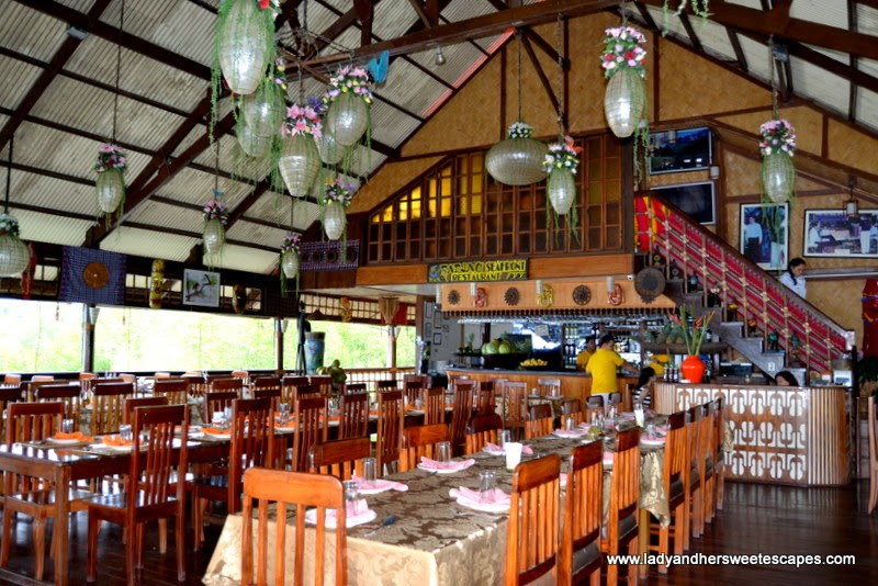 al fresco native restaurant in Puerto Princesa