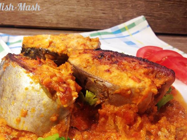 Паламуд на фурна с доматен сос