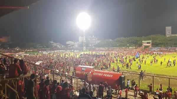 [VIDEO] Suporter Berulah, PSM Makassar Siap Dapat Hukuman