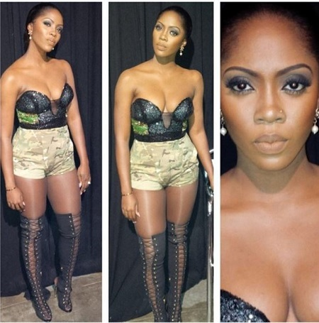 Hot! Top 12 Female Celebrities Who Love to Show Off their Cleavages (Photos)